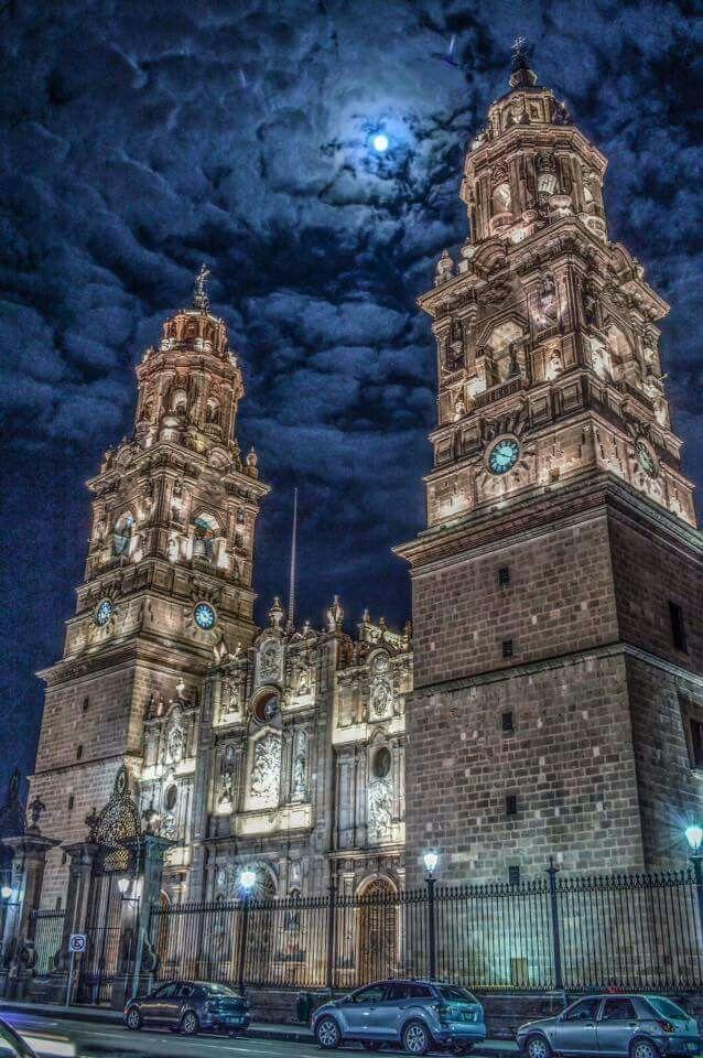 Paseo Mexicano